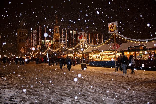 sněží na trhu