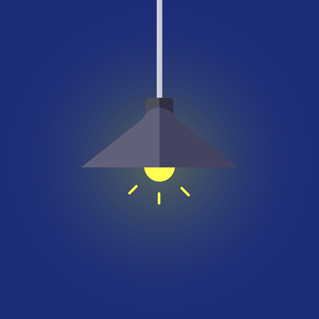 ilustrace – svítící žárovka, lustr