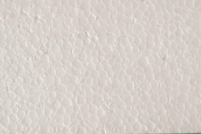 bílý polystyren.jpg